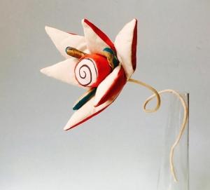 pillow flower by Cecile Noldus